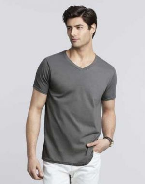 Gildan Men's Softstyle V-Neck T-Shirt