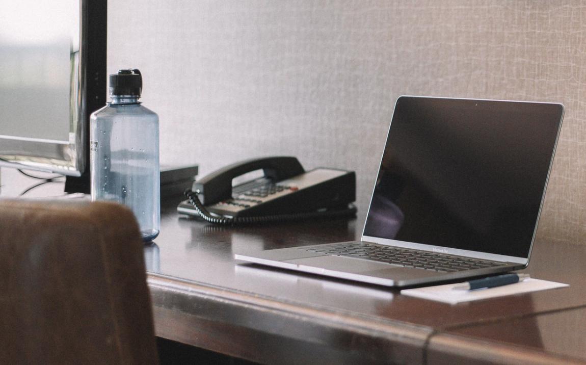 Custom water bottles for offices